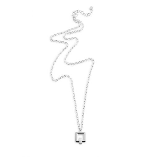 Detail: square short necklace